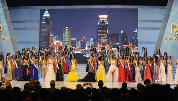 Contestants take part in the Miss World 2010 Beauty Pageant finals at the Beauty Crown Theatre in the southern Chinese resort town of Sanya on October 30, 2010. Miss United States, was crowned Miss World 2010, Botswana's Emma Wareus was second, and Venezuela's Adriana Vasini placed third. AFP PHOTO / LIU Jin (Photo credit should read LIU JIN/AFP/Getty Images)